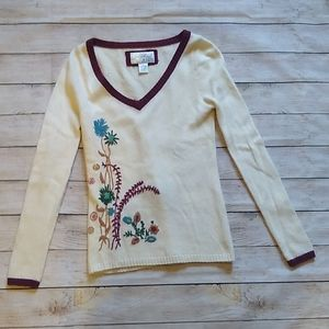 Fossil | White Embroidered V-Neck Sweater